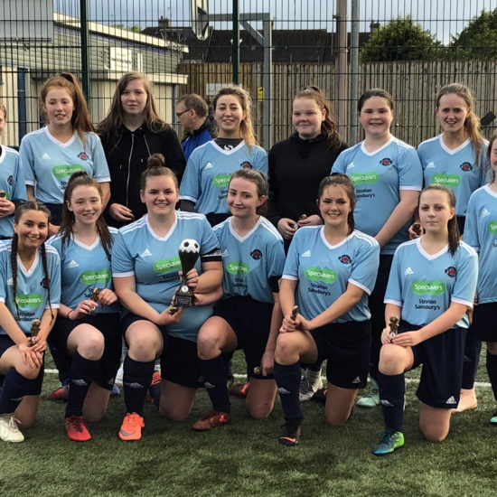 LMYFC GIRLS 15s with trophy